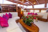 Sailing Yacht-Charter